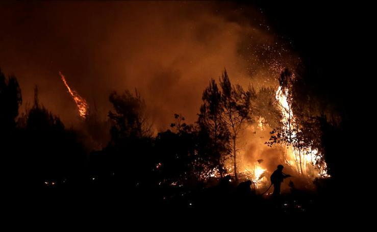 El norte de Atenas se quema