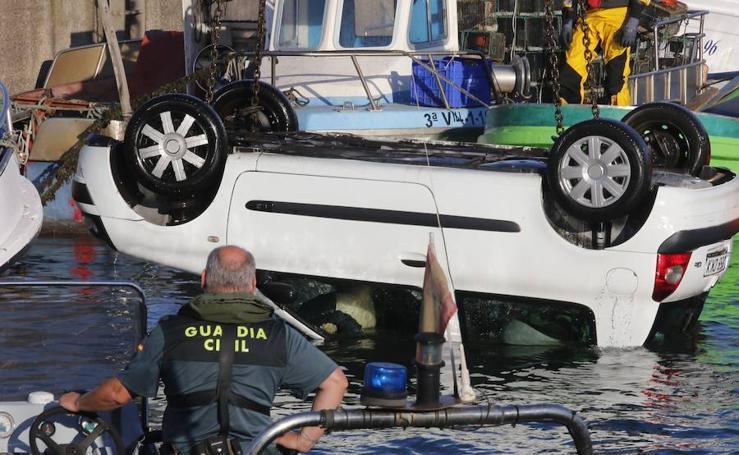 Fallece ahogado un pescador de 60 años en Gijón al caer al agua con su coche en El Musel