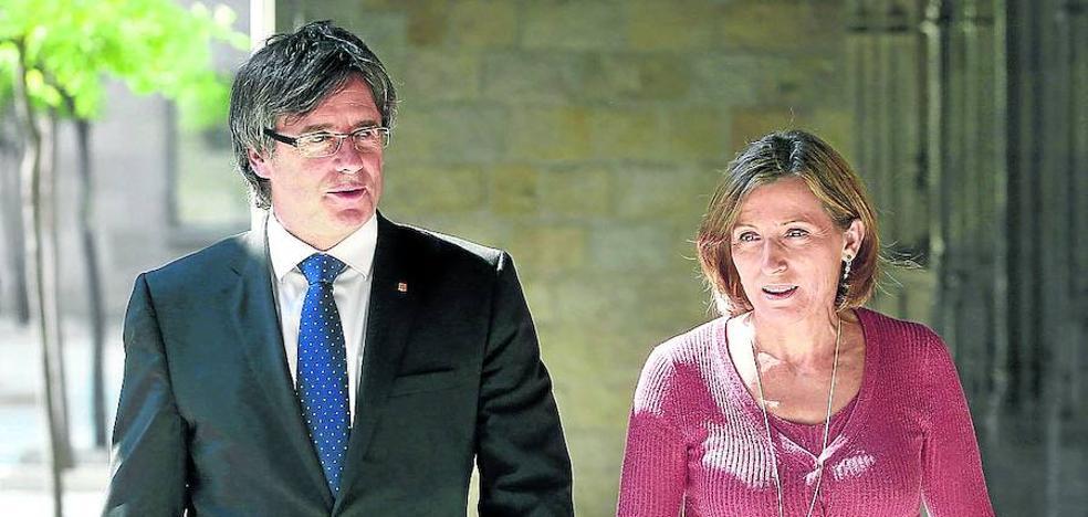 La Generalitat ignora a sus propias instituciones y ya solo obedece al Parlament