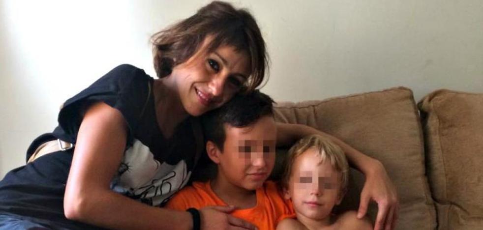 «Mi hijo recibió algún golpe intentando defenderme»