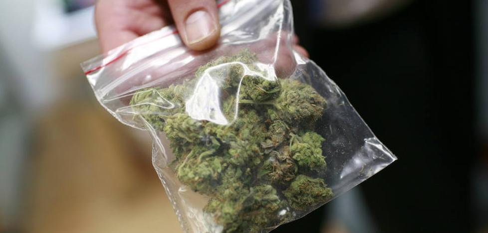 54 gramo marihuana zeramatzan adingabea atxilotu dute Barakaldon