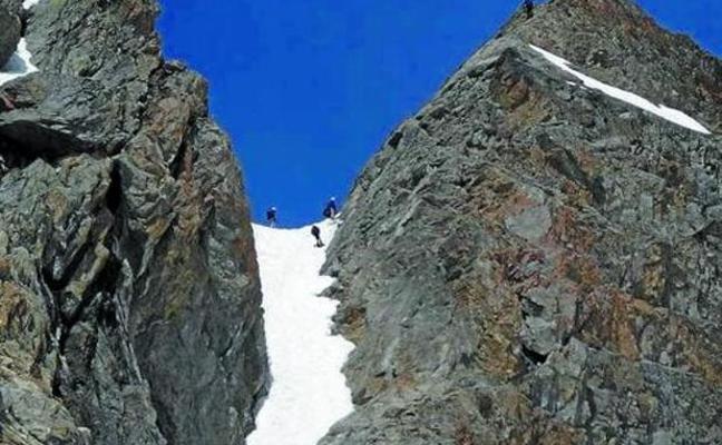 Mikel Crespo falleció tras caer 150 metros al bajar del Balaitús, un tres mil del Pirineo aragonés
