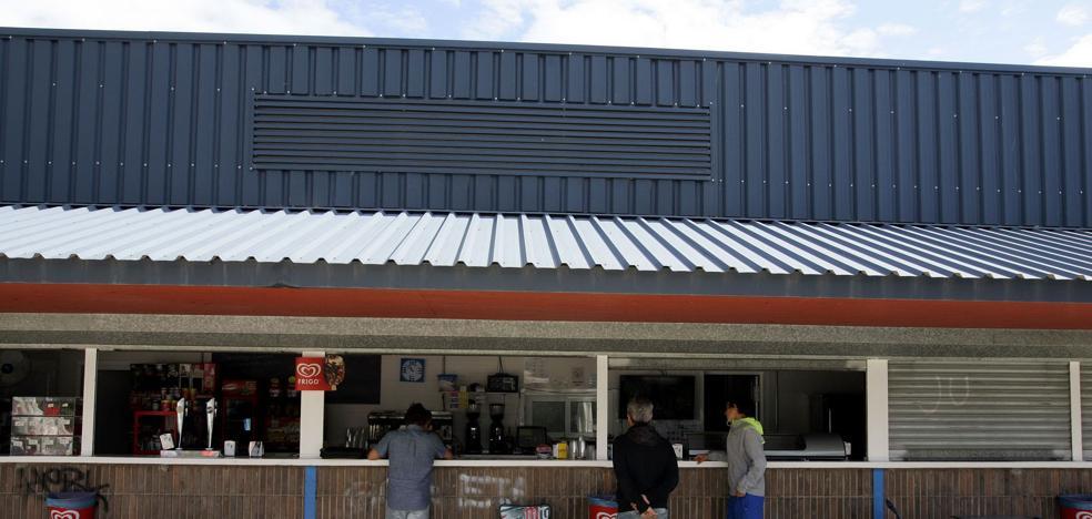 La explotación de los bares del Polideportivo se otorga por casi 16.000 anuales