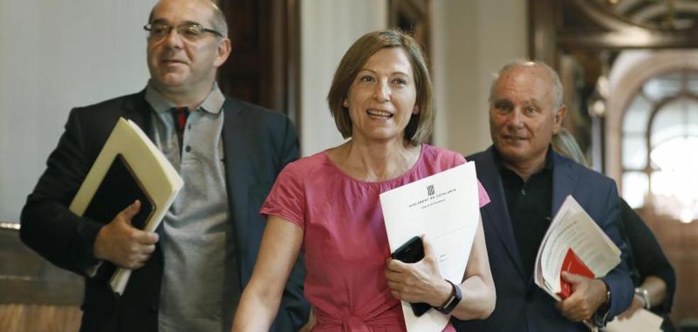 El Parlamento catalán pospone la tramitación de la ley del referéndum