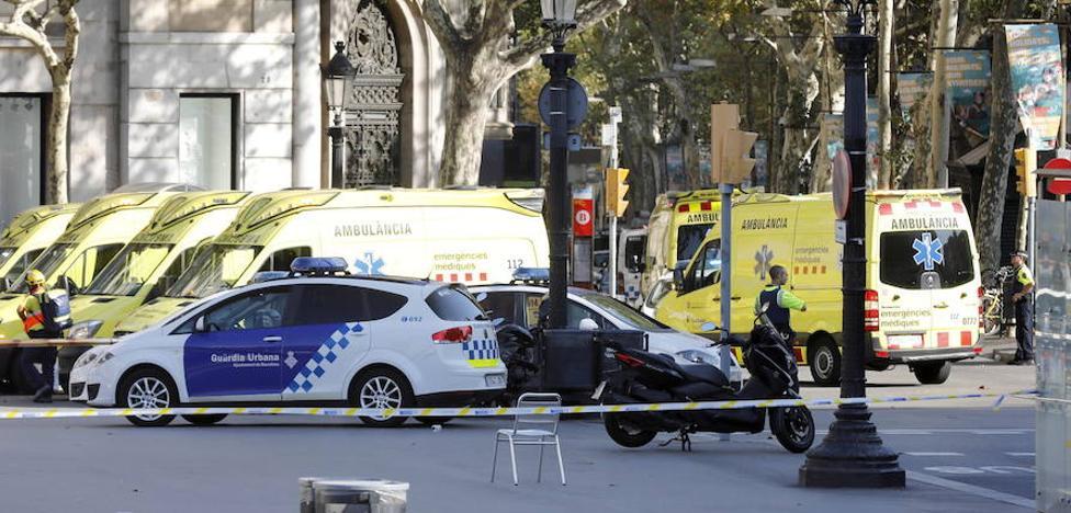 Felipe VI: «Son unos asesinos, no nos van a aterrorizar»