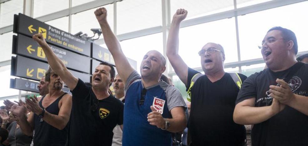 La plantilla de Eulen aplaza la huelga en El Prat tras el atentado en Barcelona