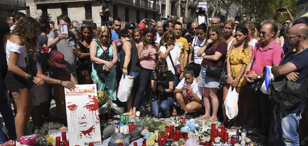 Máxima cobertura informativa de todas cadenas al terror yihadista en Cataluña