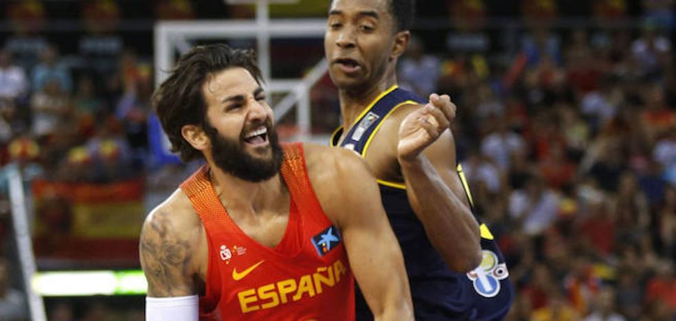 España se pone seria ante Senegal para firmar una trabajada victoria