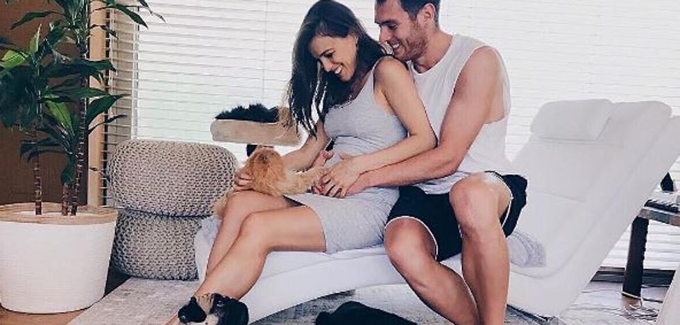 Ibai Gómez e Ingrid Betancor esperan su primer hijo
