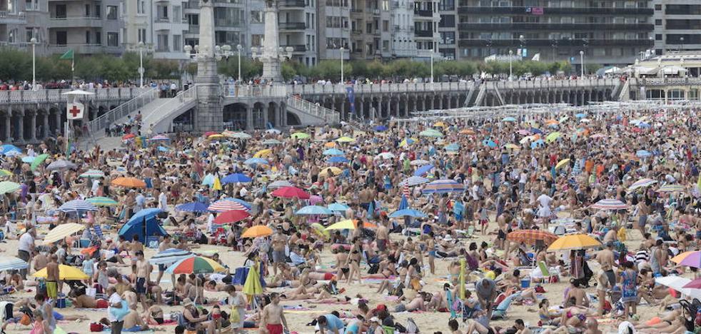 San Sebastián pone sobre la mesa el debate del cobro de una tasa turística en Euskadi