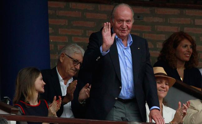 El Rey emérito disfruta de los toros en la Aste Nagusia de Bilbao