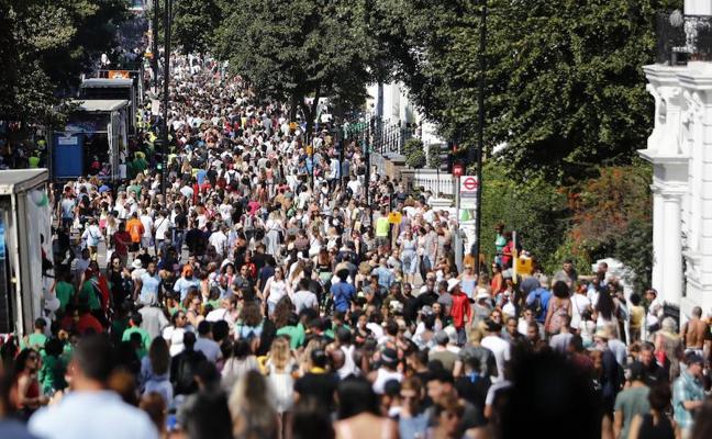 El carnaval de Notting Hill recuerda a las víctimas de la Torre Grenfell