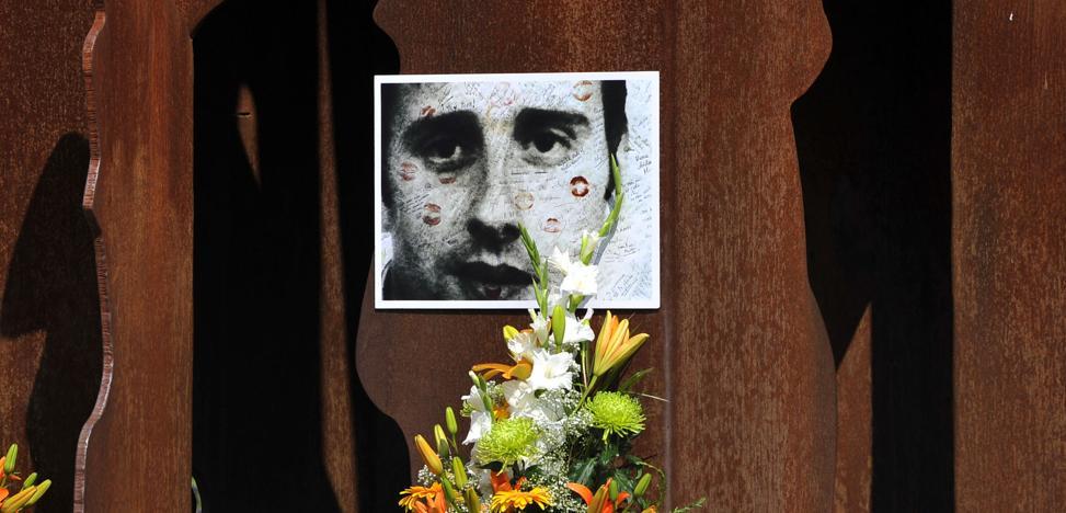 Casi la mitad de los universitarios vascos no sabe quién era Miguel Ángel Blanco