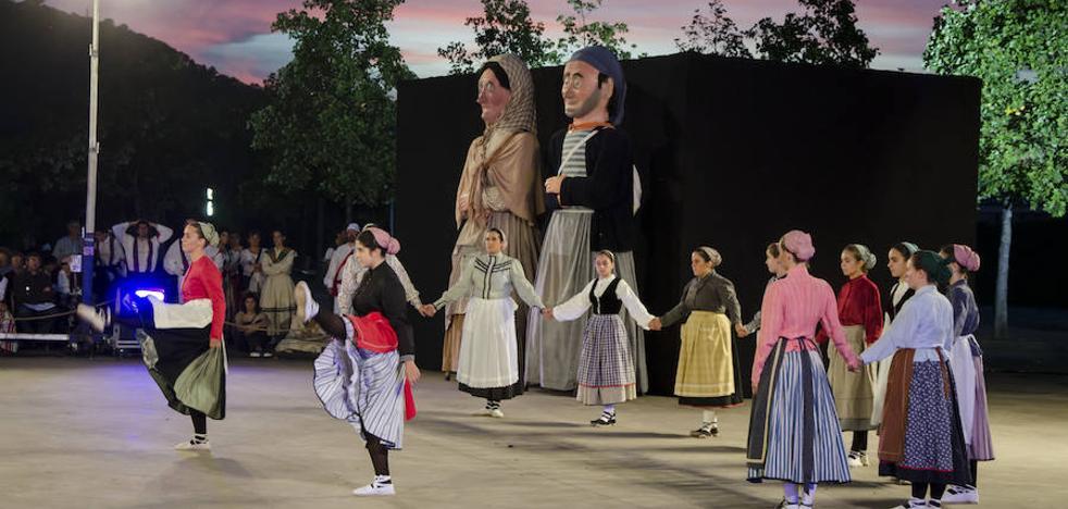 Euskal Herriko Dantza Agerketa acercará cinco grupos a Basauri en su 45 edición