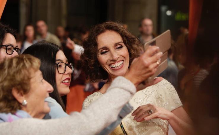 Ana Belén y el elenco de 'Traición' eclipsan la alfombra naranja del FesTVal