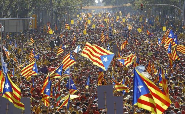 El Gobierno teme una escalada de acoso contra los no nacionalistas en Cataluña