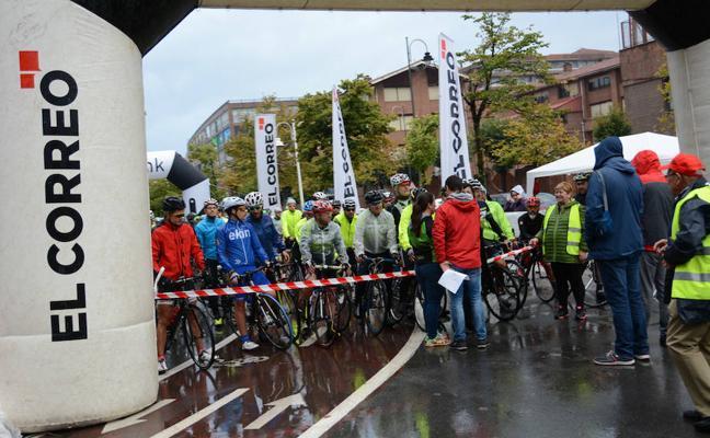Más de 250 ciclistas tomaron parte en la 'Transplant Bike'