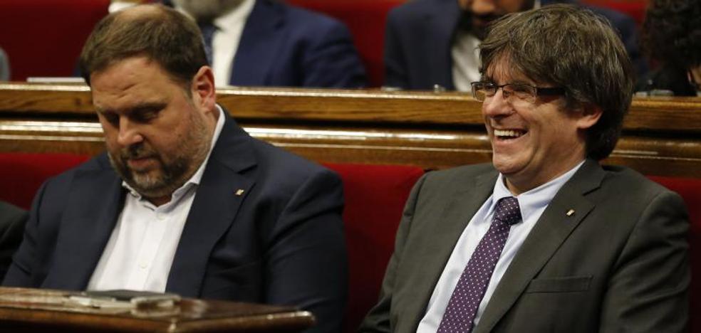 El Constitucional suspende la ley de transición a la república catalana