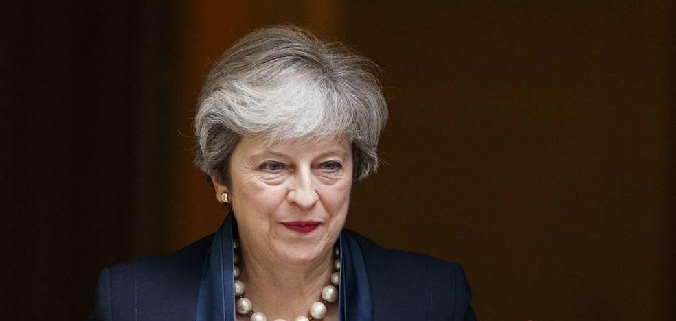 Londres espera que Theresa May defina la transición del 'Brexit'