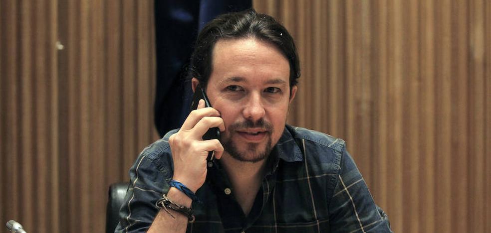 Pablo Iglesias carga contra el Rey por no avalar la consulta