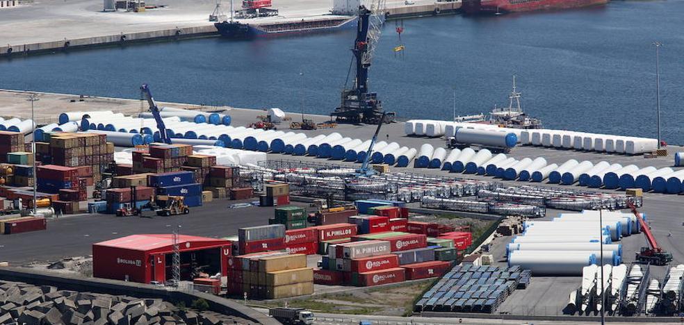 Protesta para detener el envío de armas desde el Puerto de Bilbao a Arabia Saudí
