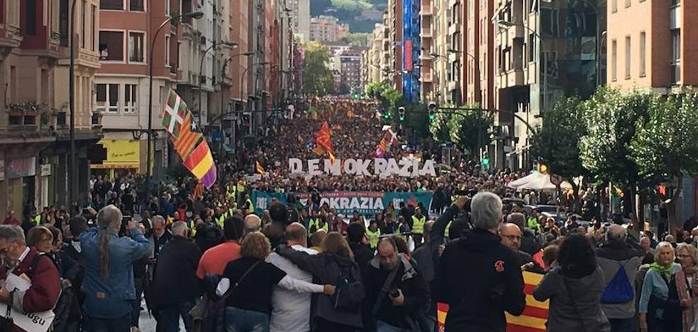 El PNV se vuelca con el referéndum catalán