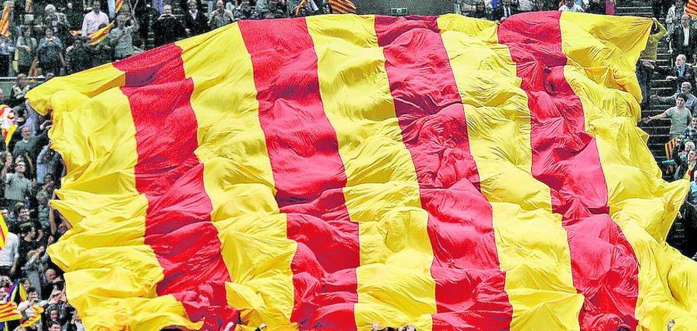 Los dos bandos municipales en los que se divide Cataluña