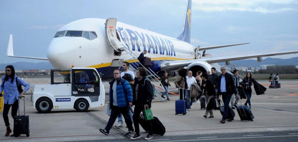 Ryanair, de nuevo en el ojo del huracán por la cancelación masiva de vuelos