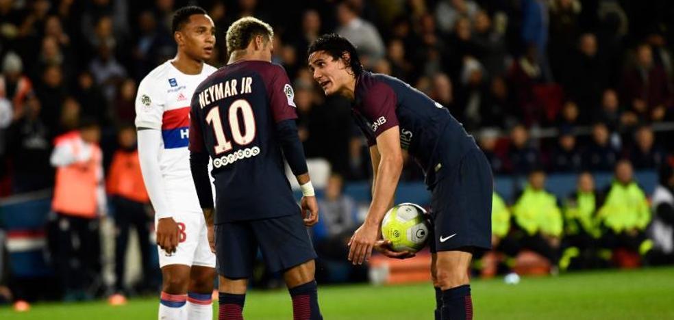 Duelo de egos entre Cavani y Neymar