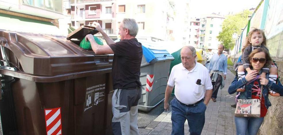 Basauri aspira a sumar otras 3.000 familias al reciclaje de orgánicos