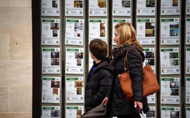 El precio de la vivienda libre se dispara en Leioa, mientras baja en Bilbao y la Margen Izquierda