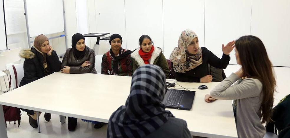 La escuela de mujeres de Arratia arranca el curso con once talleres