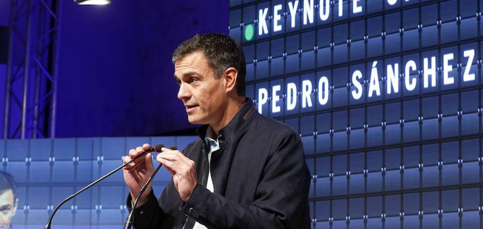 Sánchez se apresura a taponar fugas en el discurso del PSOE