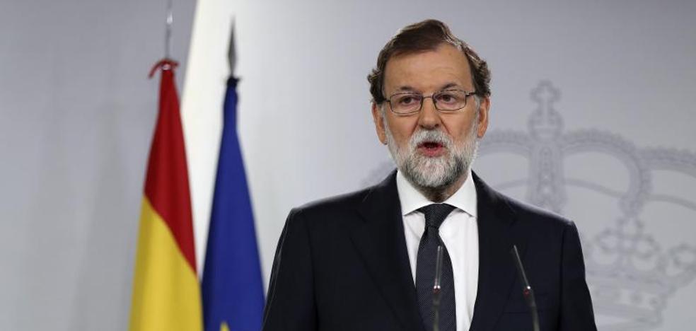«Están a tiempo de evitar males mayores», advierte Rajoy a la Generalitat
