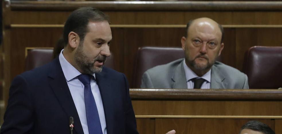 El PSOE destaca que las detenciones las ordenan los jueces «como en cualquier democracia»