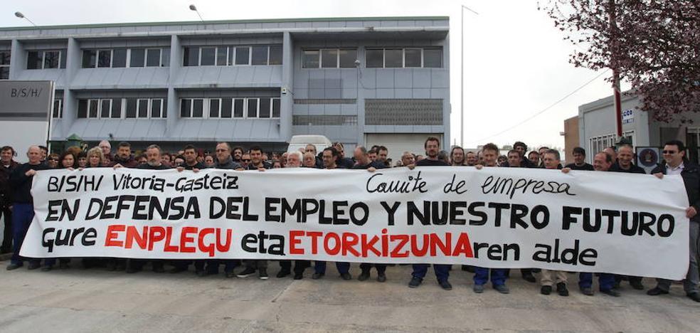 Los trabajadores de Bosch Vitoria convocan una jornada huelga para este viernes