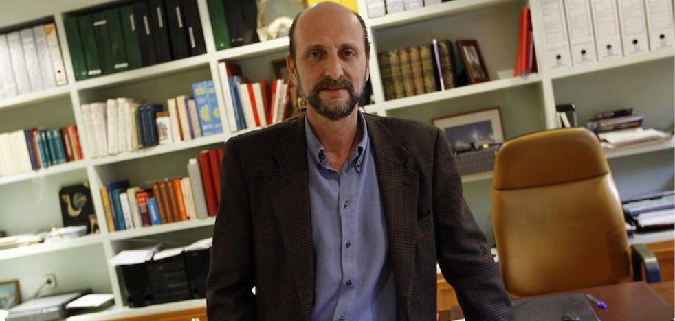 Fernández Sastrón sigue presidiendo la SGAE tras superar una moción de censura