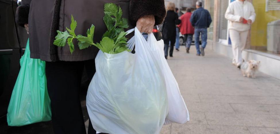Ultimátum a las bolsas de plástico: ¿podrás consumir sólo tres al mes?