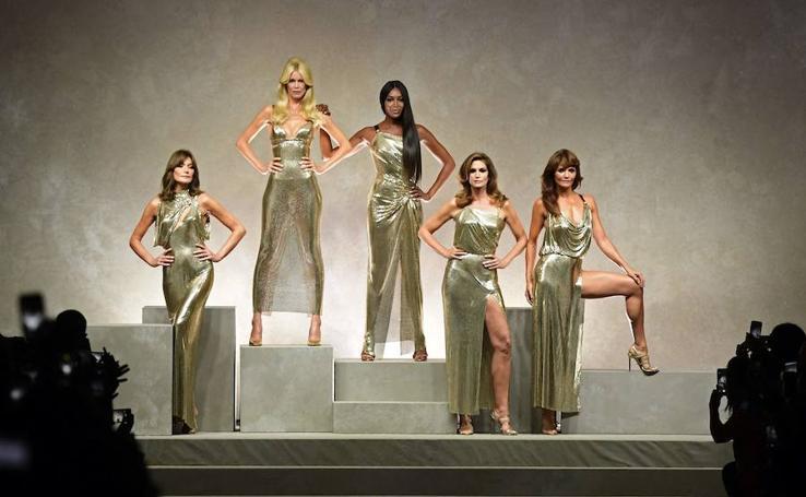 Reunión de 'tops' para recordar a Gianni Versace
