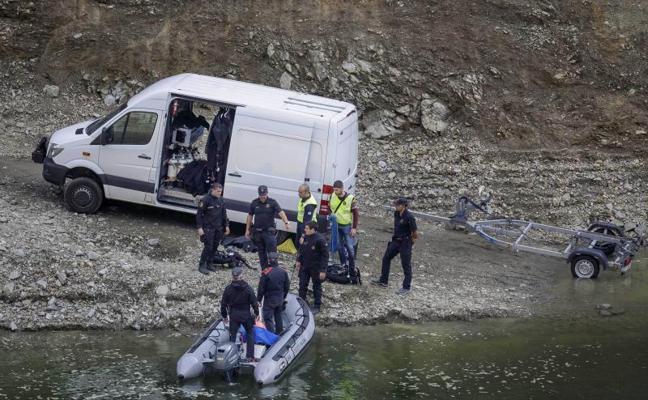 Los cadáveres hallados en el pantano donde buscaban a la pareja tienen signos de violencia