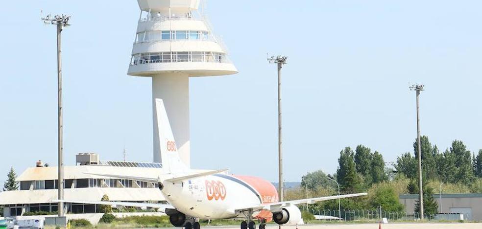 Foronda suma ya seis vuelos chárter para el puente de la Constitución al incorporar Berlín