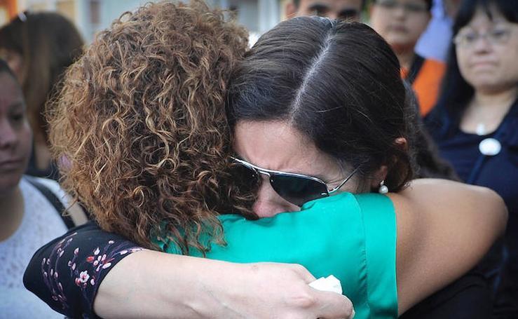 Concentración en Sestao por la muerte de Noelia Noemí