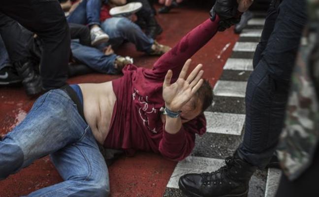 La Generalitat eleva a 893 los heridos o contusionados en los altercados