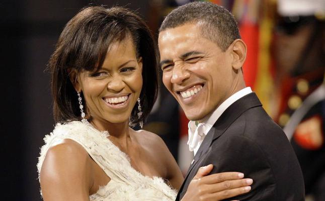 El matrimonio Obama, feliz en sus bodas de plata