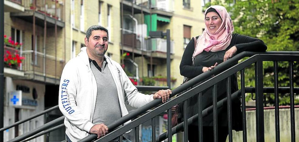 Un centenar de refugiados, menos de los esperados, trata de rehacer su vida en Álava