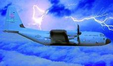 Pilotos que 'cazan' huracanes