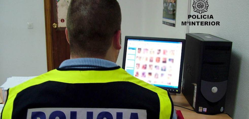 Detenidos cuatro hombres por intercambiar pornografía infantil a través de internet