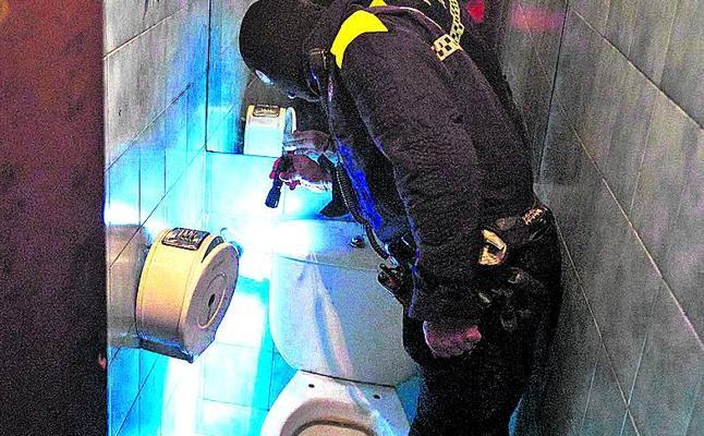 La Policía Local vuelve a hacer una redada en un «bar de droga» medio año después