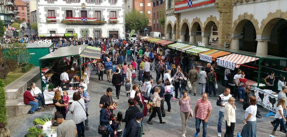 Arrigorriaga celebra la Euskal Astea con feria, concursos y un musical