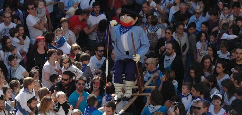 Bienvenida multitudinaria a las fiestas de Durango